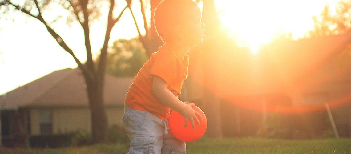 Игры с мячом на даче